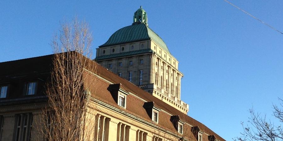 Universität Zürich 900x450